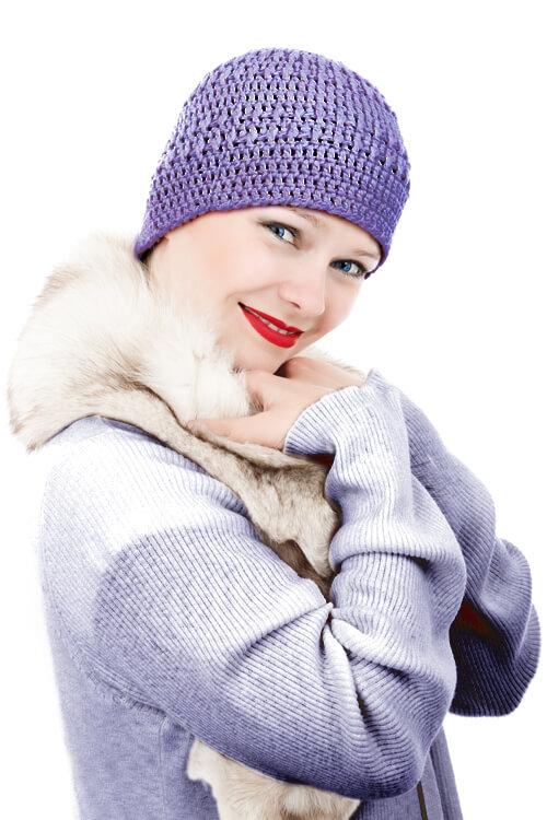 Frau im Wintermantel - komplett umgefärbt