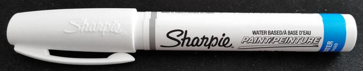 Weißer Sharpie Fineliner