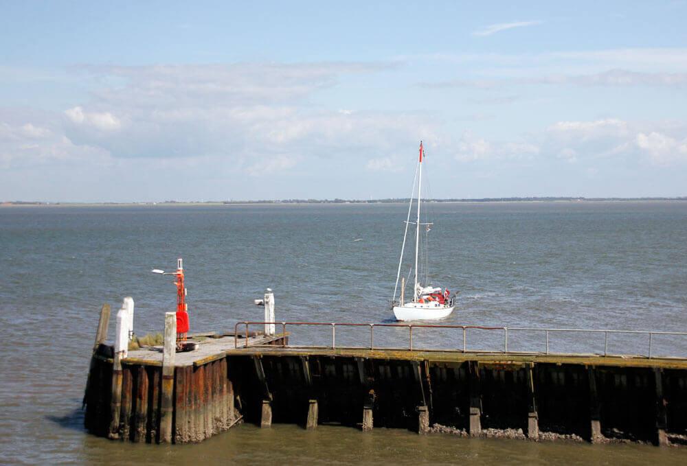 Fotovorlage zum Abzeichnen: Segelboot 1
