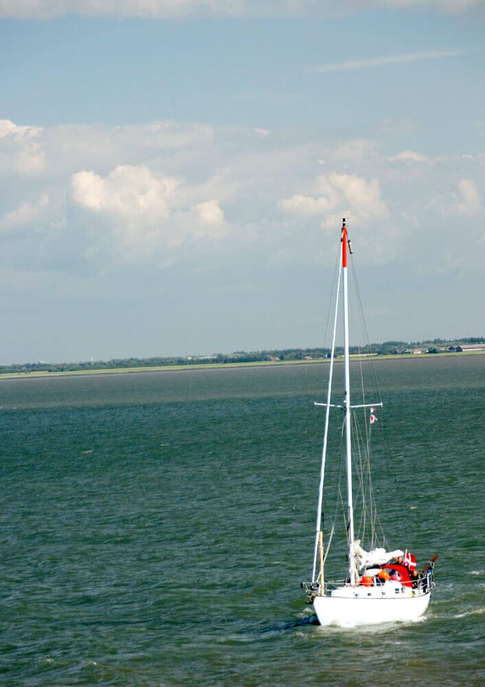 Fotovorlage zum Abzeichnen: Segelboot 3