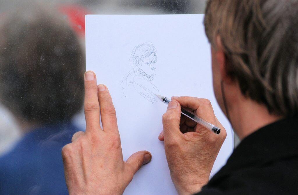 Zeichnen ToGo mit Kugelschreiber