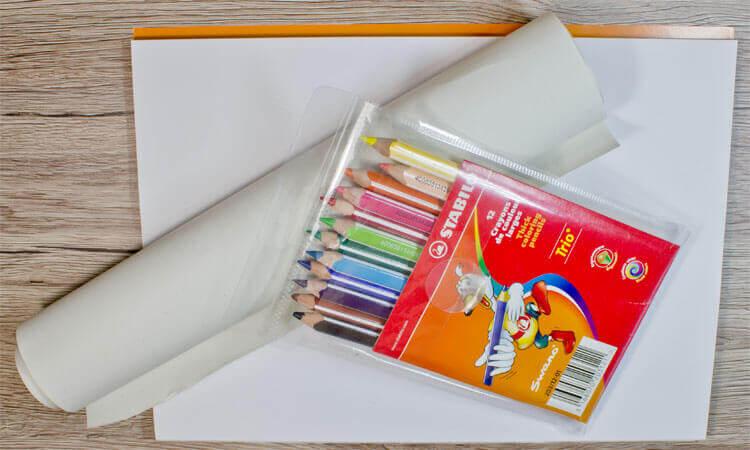 Stabilo Buntstifte und Zeichenpapier