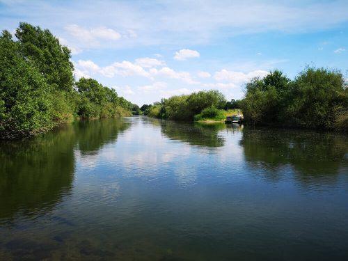 Fotovorlage: heimische Natur Fluss und Flussufer 4