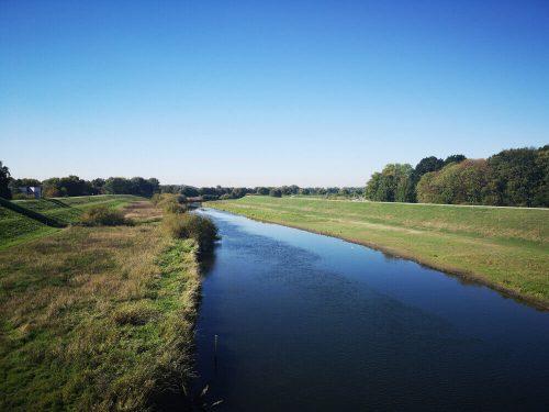 Fluss Fotovorlage: Flusslandschaft Lippedamm 1
